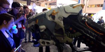 This Horizon: Zero Dawn cosplay is wreaking havoc at E3