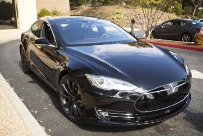 2 Year Car Lease >> Tesla Offering 2 Year Leases On Model S And X Cars Purchased By