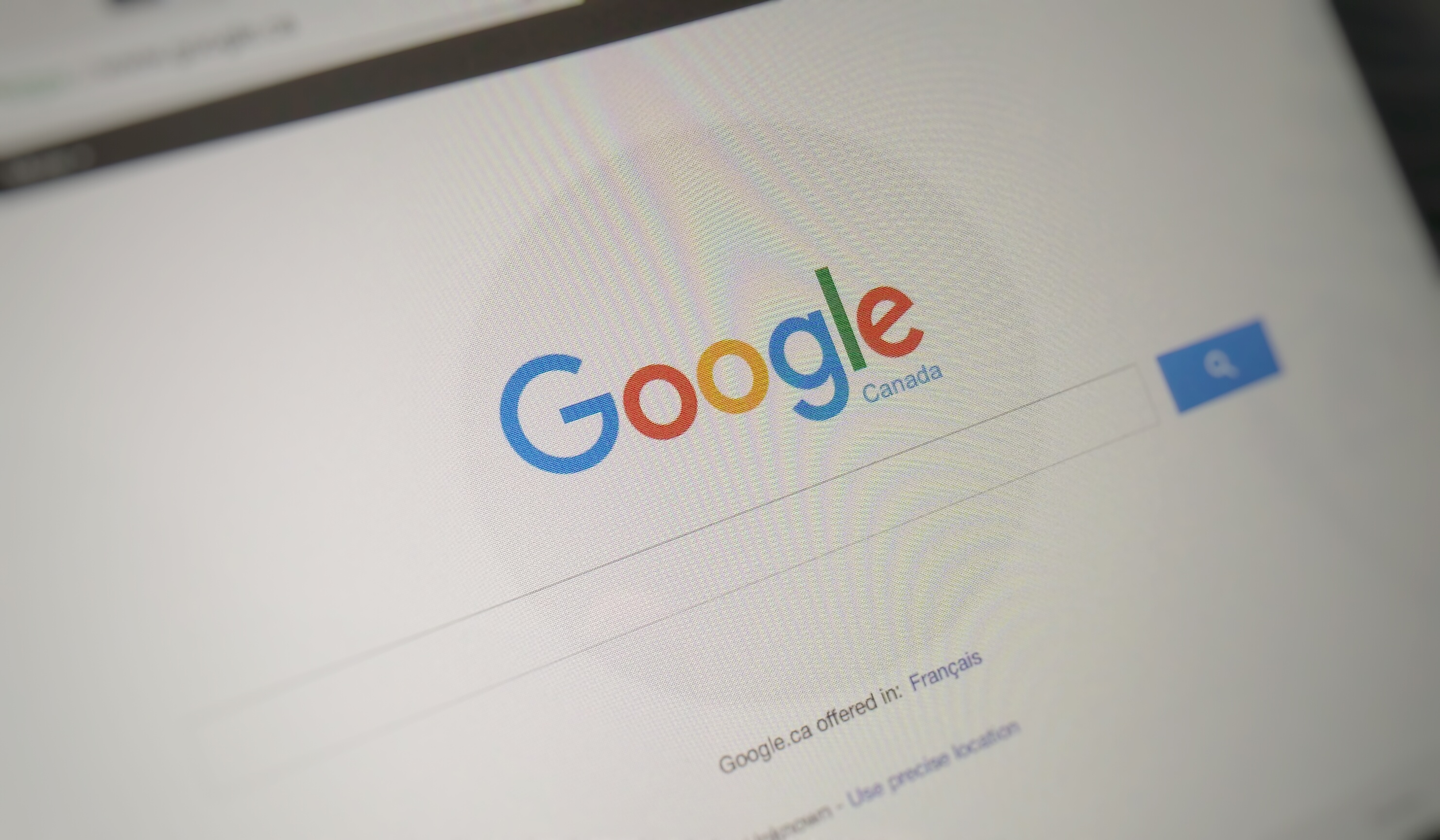 Google must block sites of company accused of stealing Canadian tech