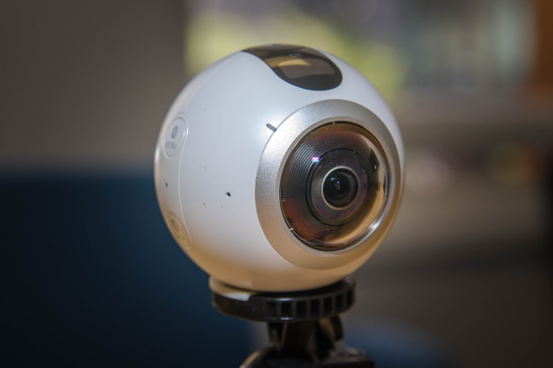 Samsung's Gear 360 virtual reality camera