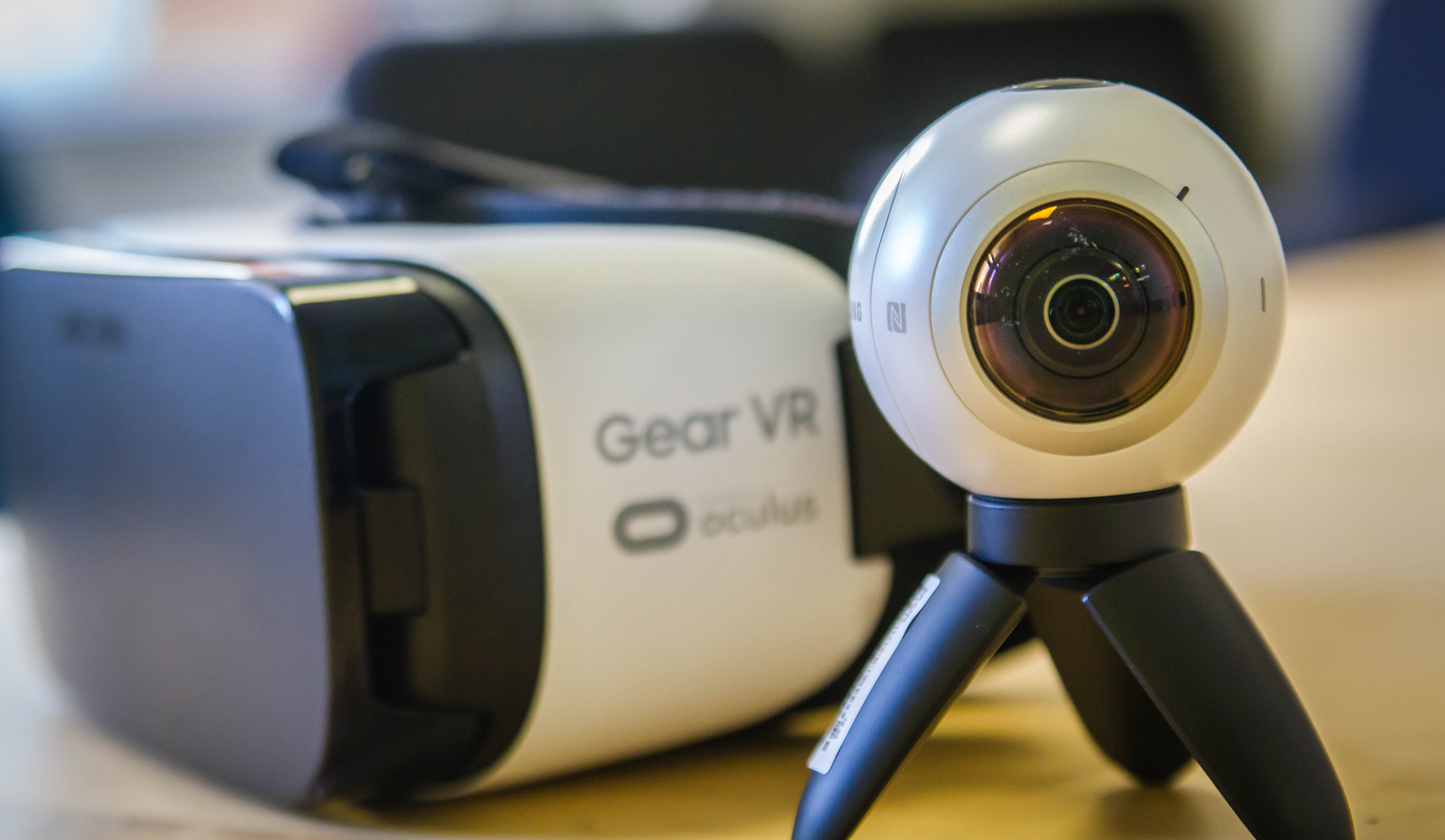 Samsung's Gear 360 and Gear VR headset