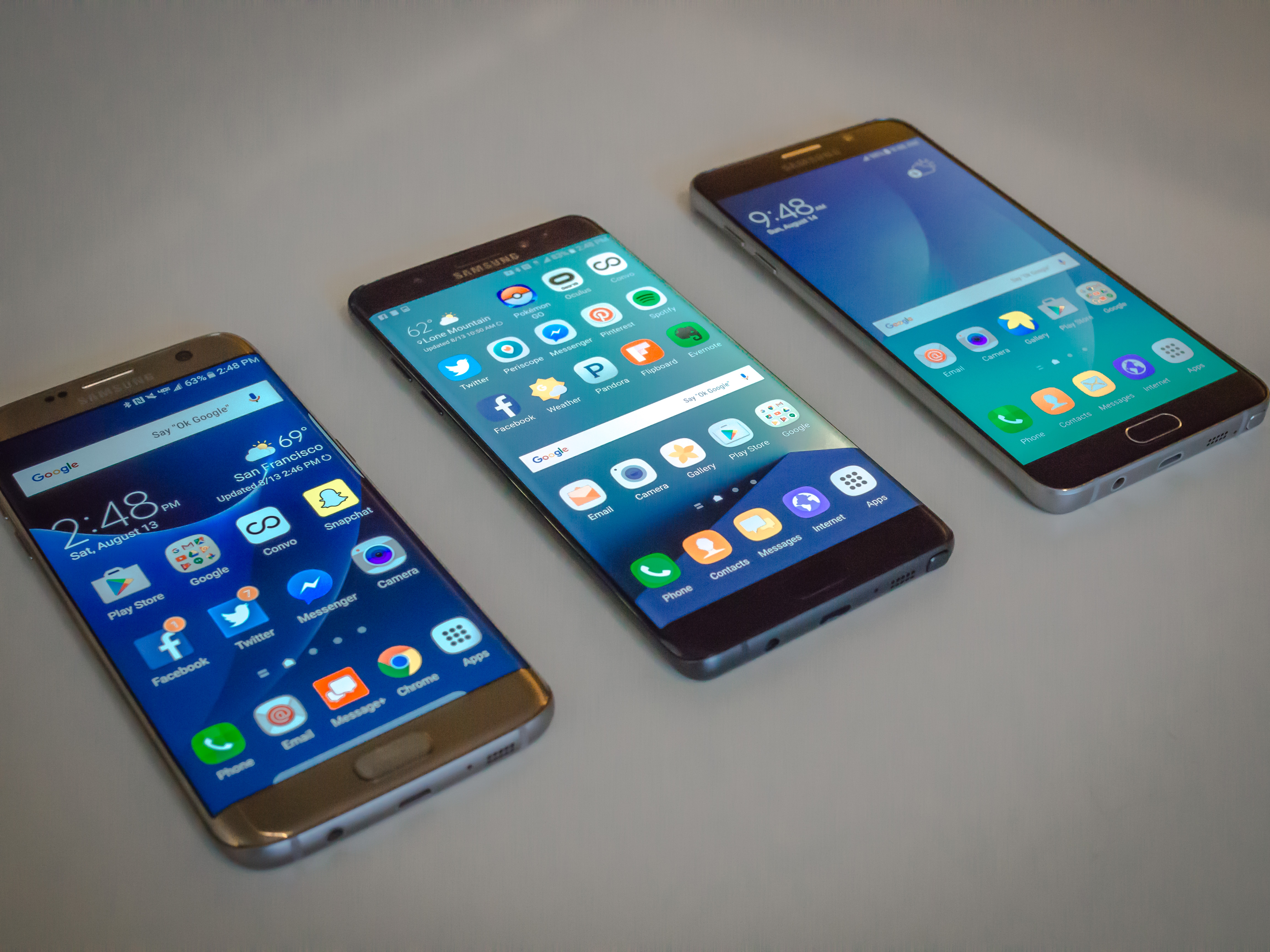 The Samsung Galaxy Note7 combines the best of the S7 series (left) with the stylus and productivity features of the Note5 (right).
