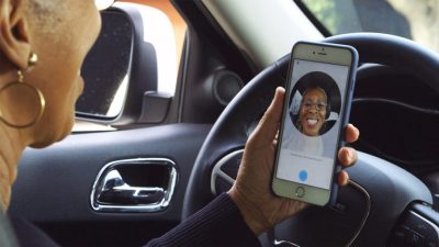 Uber to require U S  drivers to verify themselves by snapping