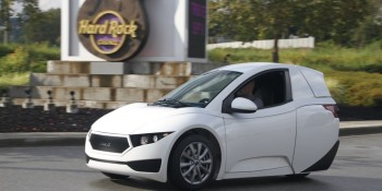 Meet 'Solo', a 3-wheeled electric car designed for short commutes