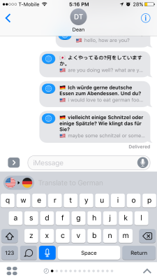 iTranslate translating in iMessage.