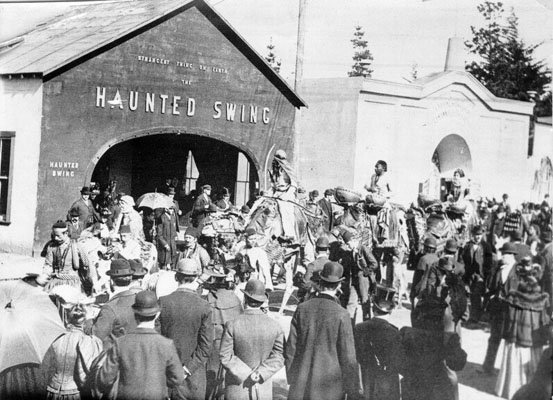 musicians-performing-outside-the-haunted-swing-at-the-midwinter-fair-in-golden-gate-park-1894