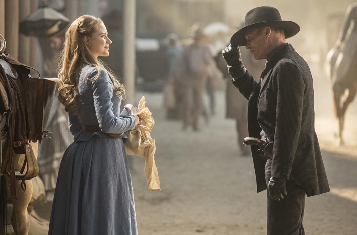 Evan Rachel Wood as Dolores and Ed Harris as the Gunslinger in Westworld.