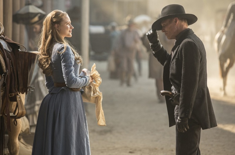 Evan Rachel Wood as Dolores and Ed Harris as the Gunslinger in Westworld.