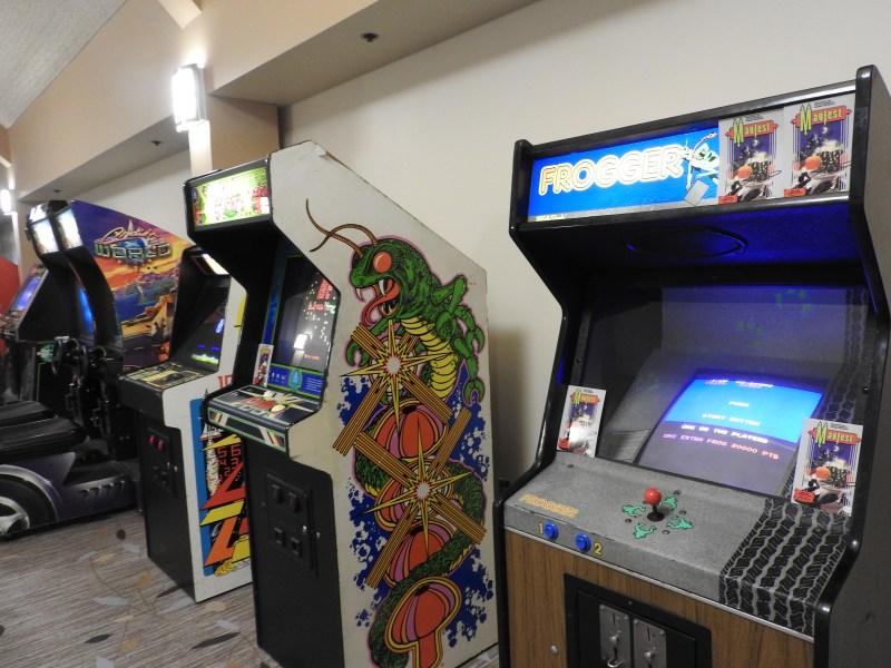 Arcade games at GaymerX.