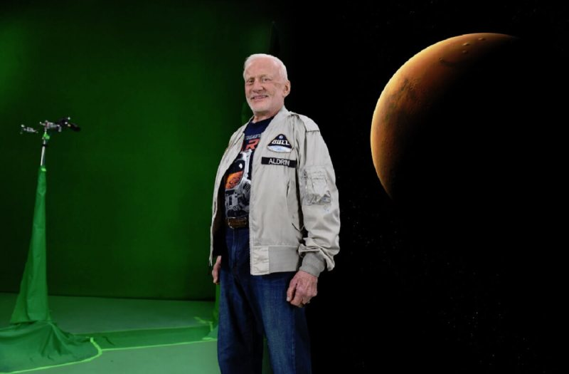 """Buzz Aldrin in """"Message to Mars."""""""