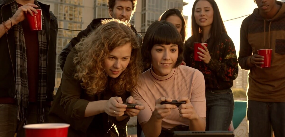 Young adults are part of the Nintendo Switch target market.
