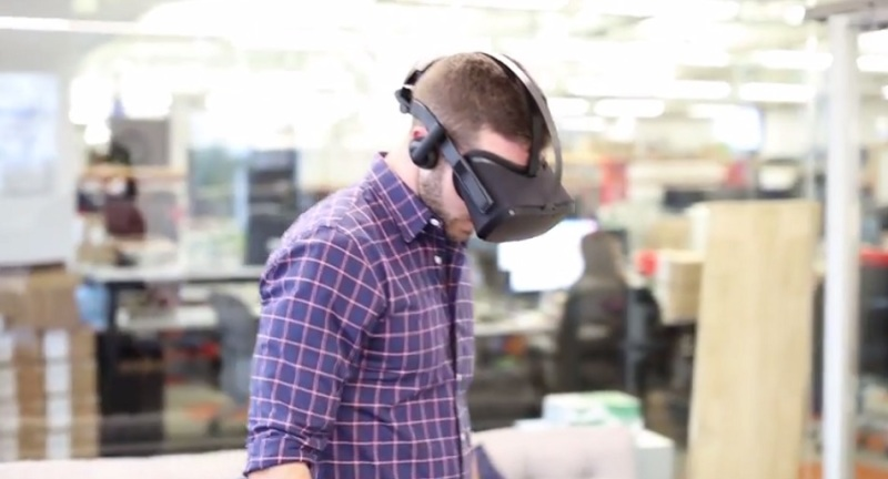 Oculus wireless standalone Santa Cruz prototype.