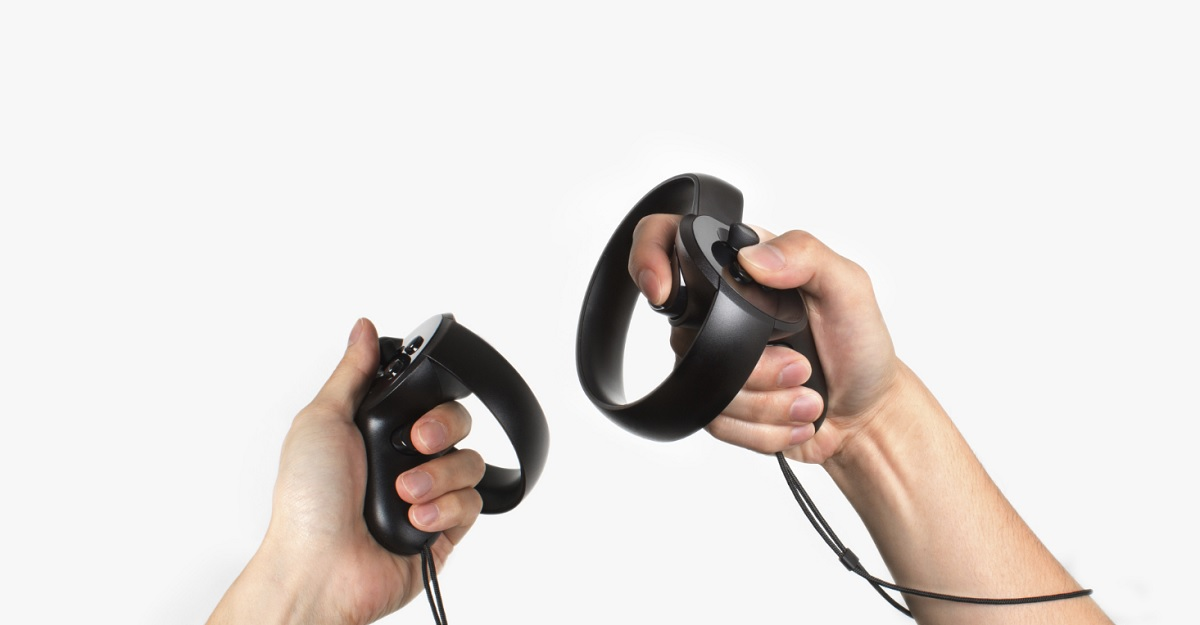The Oculus Touch controls let you navigate independently with each hand in VR.