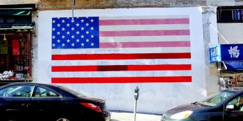 Visa lawyer bot pledges to 'help immigrants make America great again'