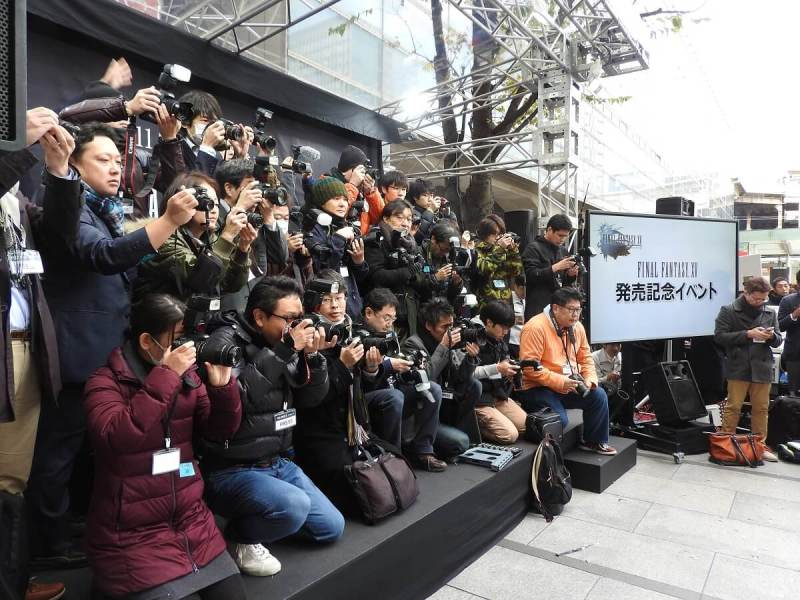 The Japanese press at the Final Fantasy XV launch.