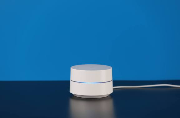 Google Wifi now lets you pause the internet for certain