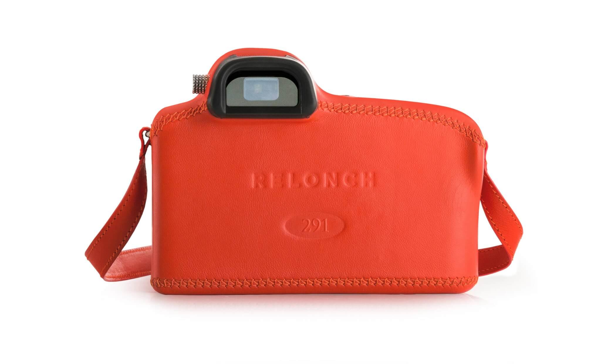 Relonch camera back