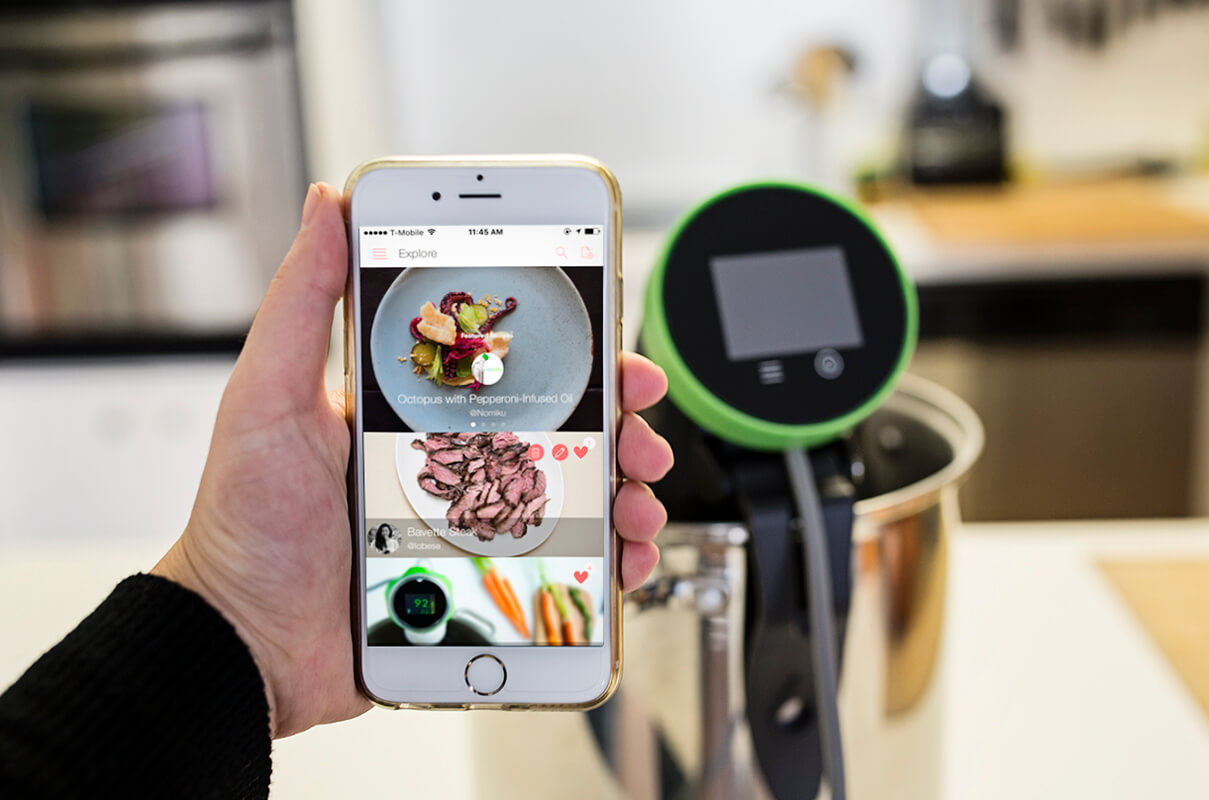 Nomiku's sous vide device and mobile app