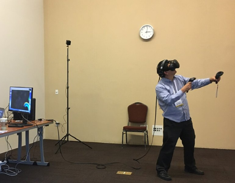 Dean Takahashi of GamesBeat plays Arcade Saga on the HTC Vive.