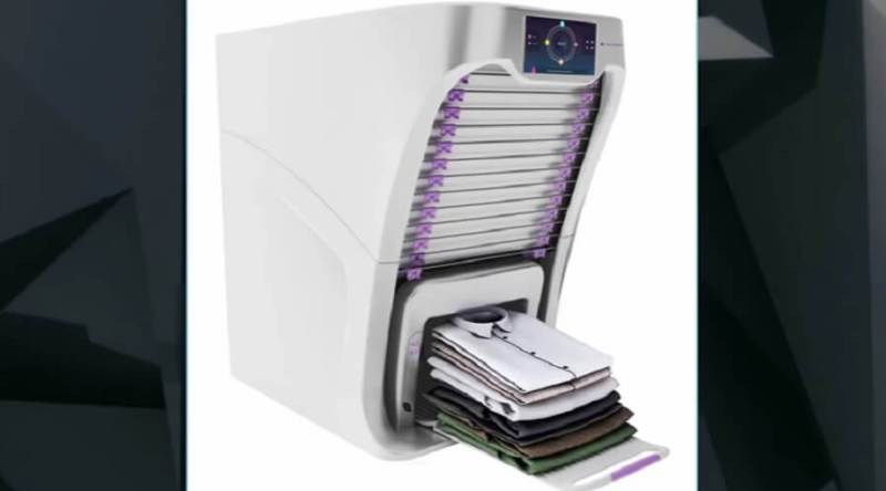 FoldiMate folds your laundry.