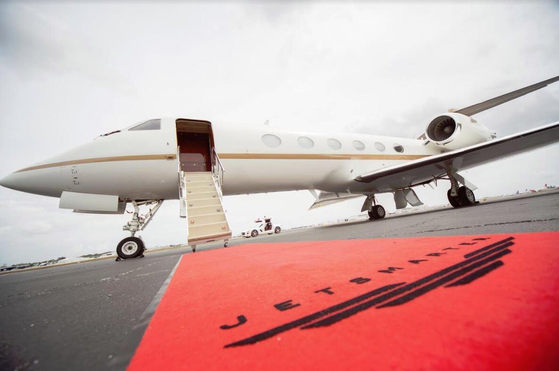 Jay Z-backed private jet firm JetSmarter raises $105 ...