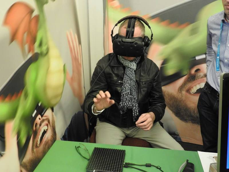 A demo of Ultrahaptics sense of touch in virtual reality.