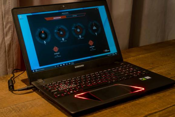 Samsung gets into gaming with Notebook Odyssey laptop ...