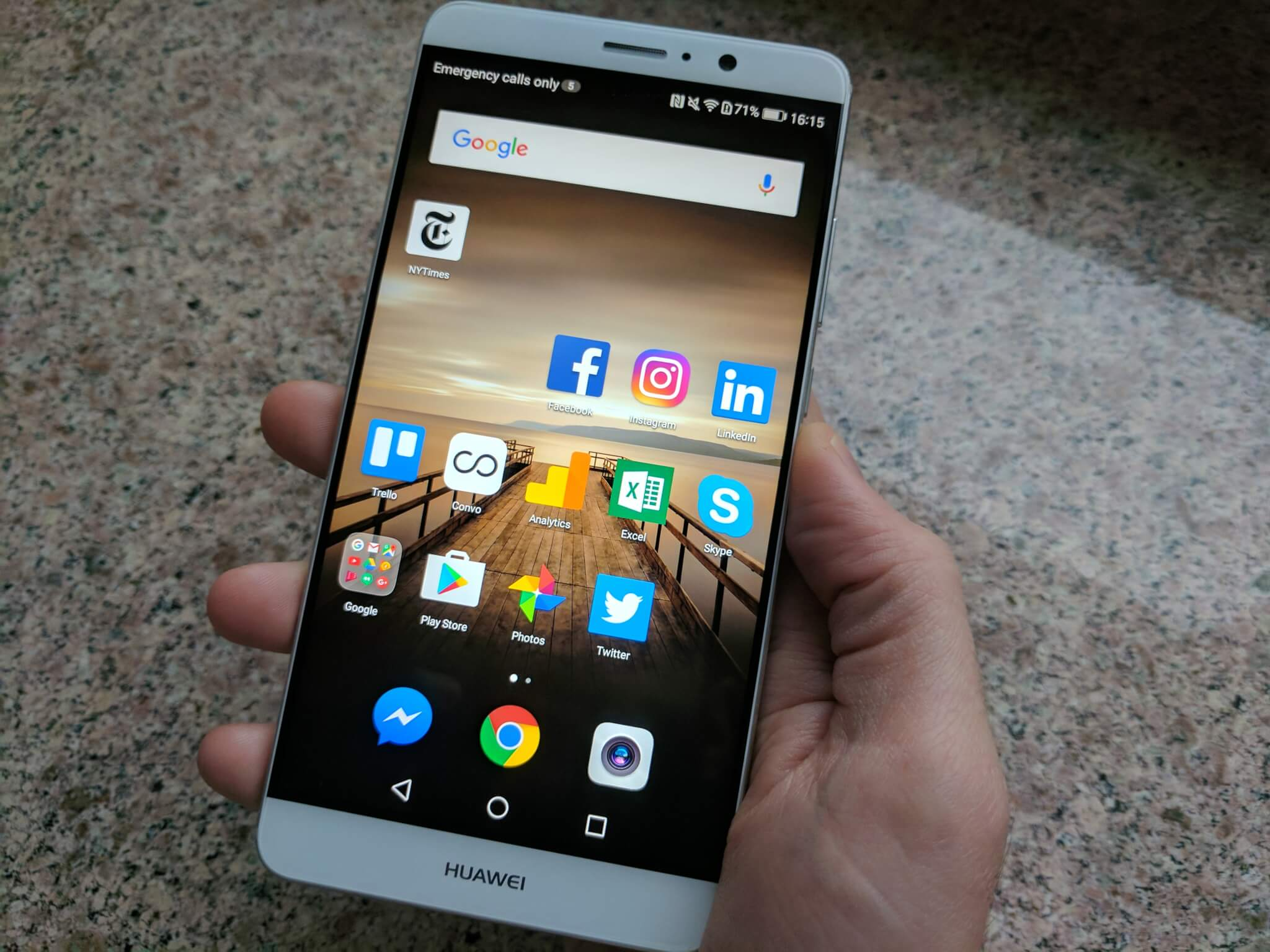 Huawei's $600 Mate 9 launches in the U S  with Alexa pre-installed