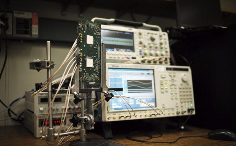 Millimeter-wave radar imaging experimental set-up.