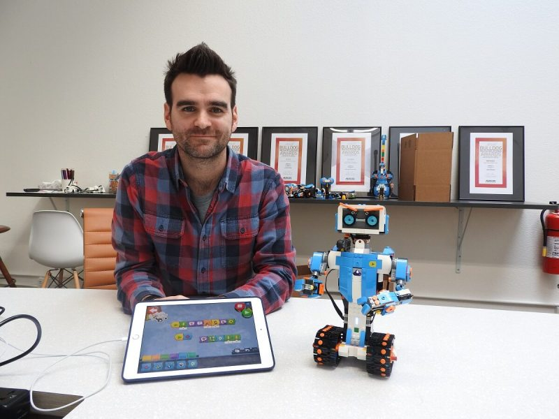 Simon Kent is lead designer of Lego Boost, including the robot Vernie.