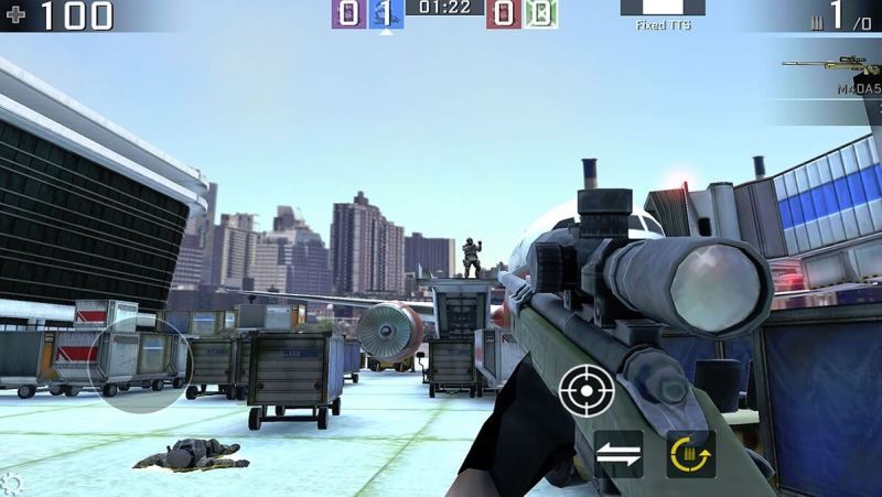 Cmune created Squad Wars with an auto-shoot function.