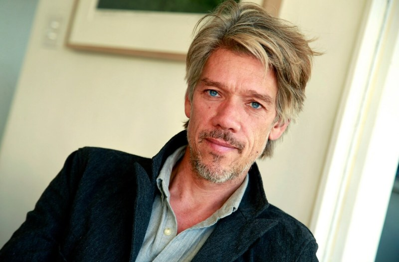 Stephen Gaghan will be director of The Division film.