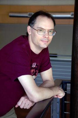 Tim Sweeney, CEO of Epic Games, will receive the lifetime achievement award at GDC 2017.