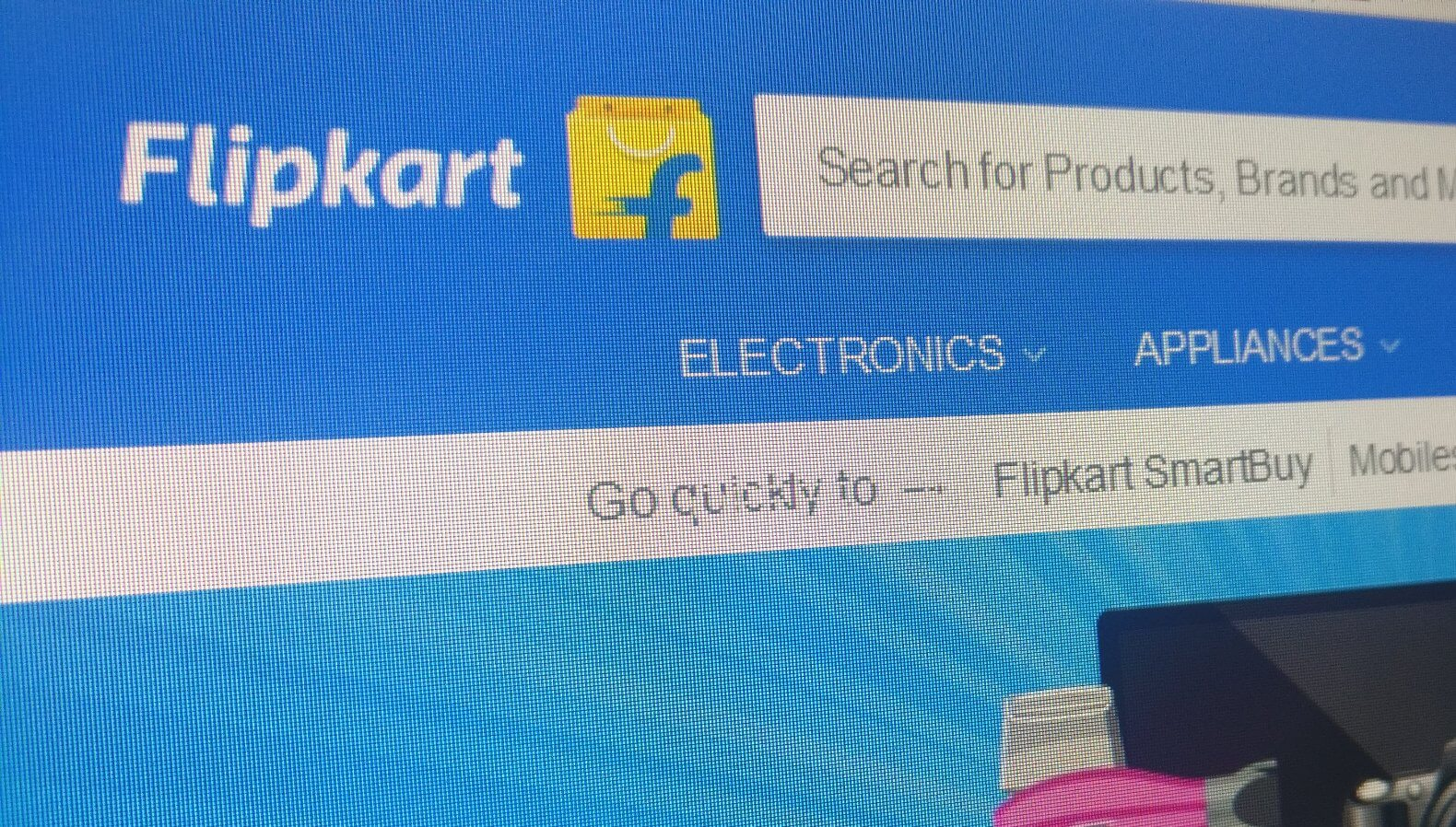 Walmart in talks to buy more than 40% of Flipkart