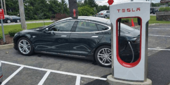 Tesla now tells its cars about charger availability en route