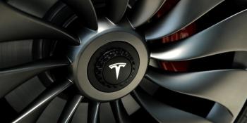 U.S. regulators criticize Tesla over Autopilot role in fatal crash