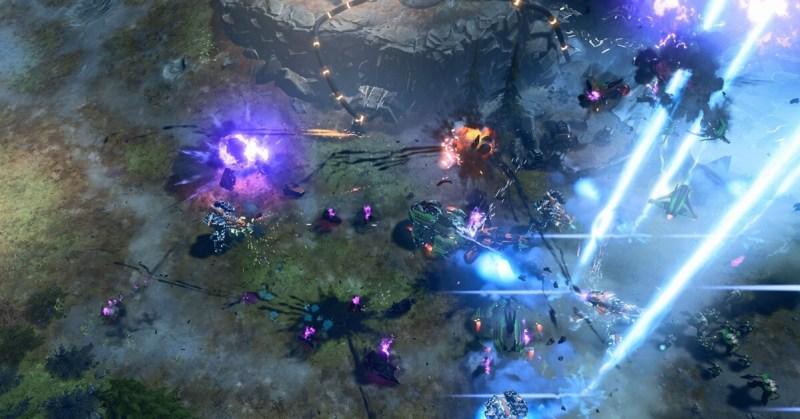 Battle scene in Halo Wars 2.