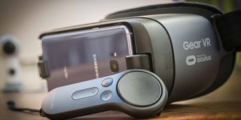 Facebook kills software updates for Samsung Gear VR