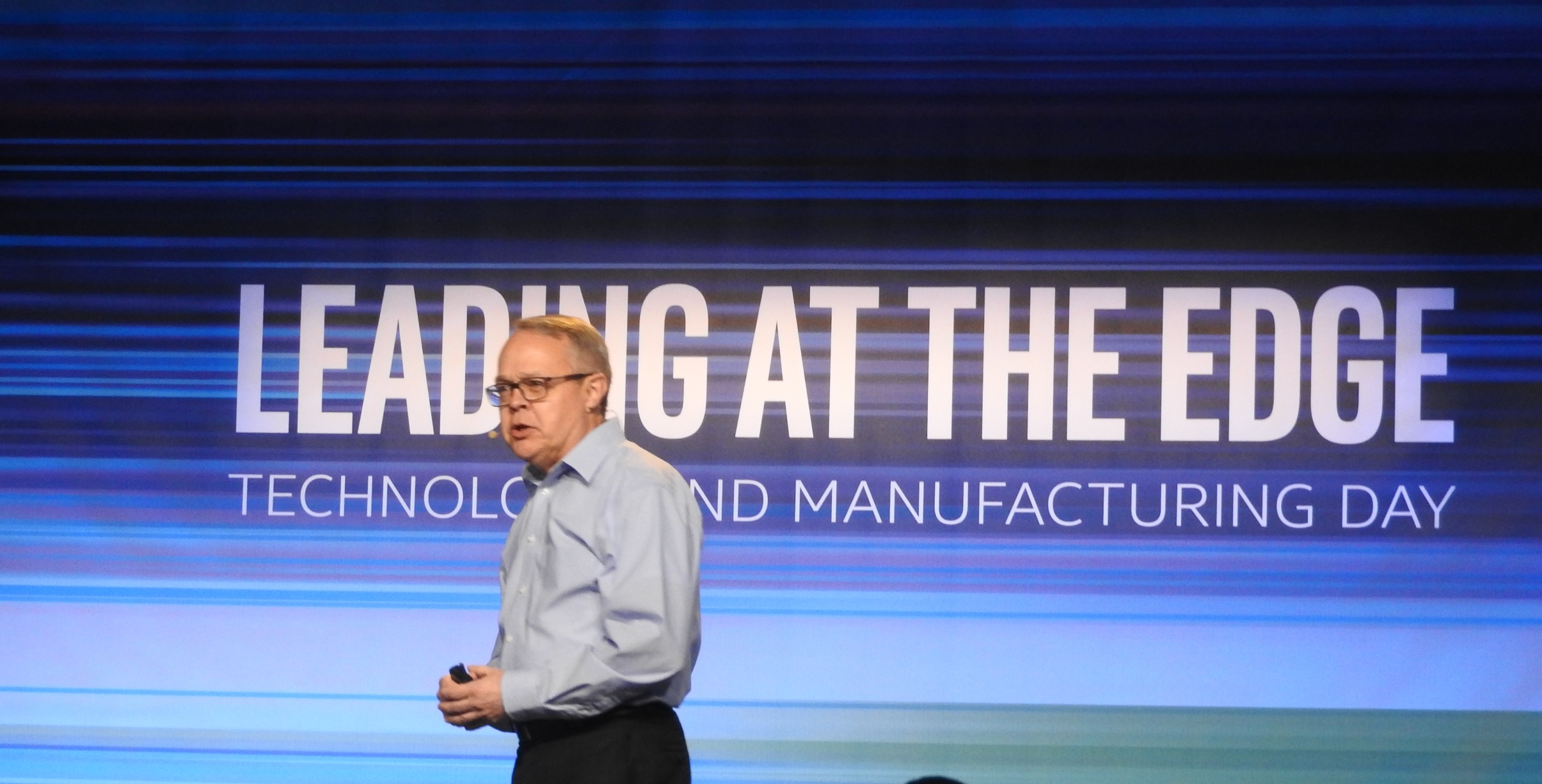 Intel Moves Tech Forward by Putting Two Chips in a Single Package
