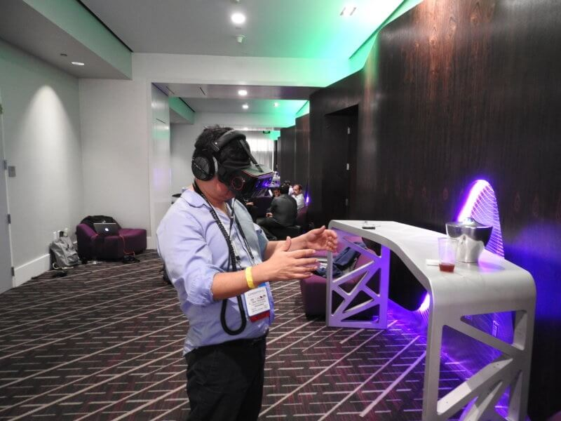 Dean Takahashi tries out the Qualcomm VR headset at GDC 2017.