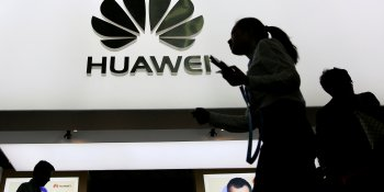 Huawei plans global push to combat its slowing smartphone sales in China