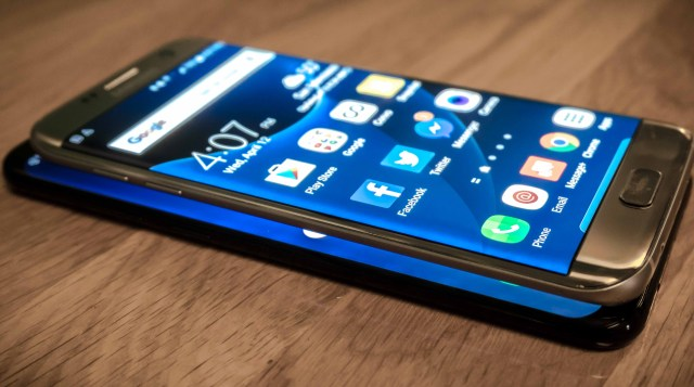Despite Samsung's record profits, its smartphone business is still in trouble