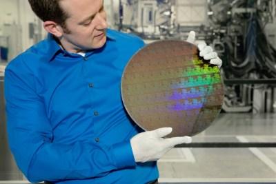 Apple chip maker TSMC plans 5-nanometer chips for 2020, 3-nanometer