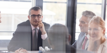 8 steps to building a strong board of directors