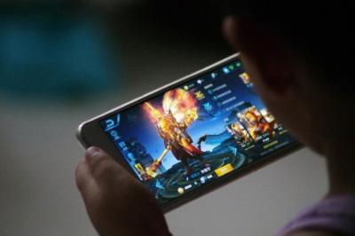 mobile game revenue finally surpasses pc and consoles venturebeat
