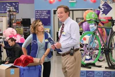 Walmart will scan for unhappy shoppers using facial