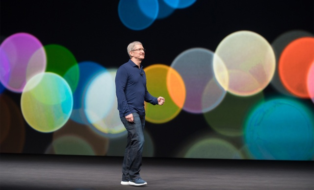 photo image Apple CEO Tim Cook blames social media and technology 'overuse' after iPhone addiction criticisms