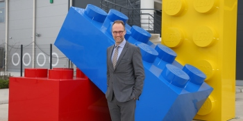 Lego's new crisis: Plans to cut 8% of its jobs and focus more on digital products