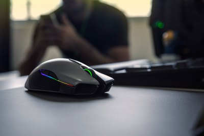 Razers Lancehead Is The Wireless Gaming Mouse To Get