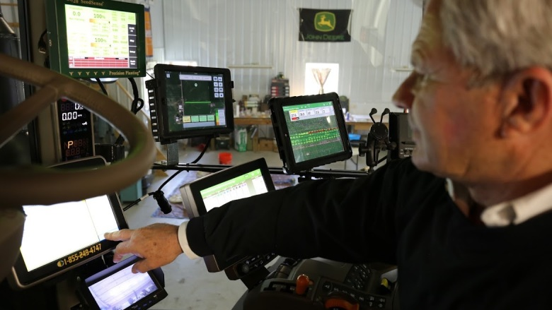 Farmers Business Network raises $110 million to bring price transparency to agriculture